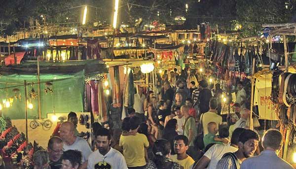Ночной рынок Арпора