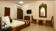 Hotel Anand Lok