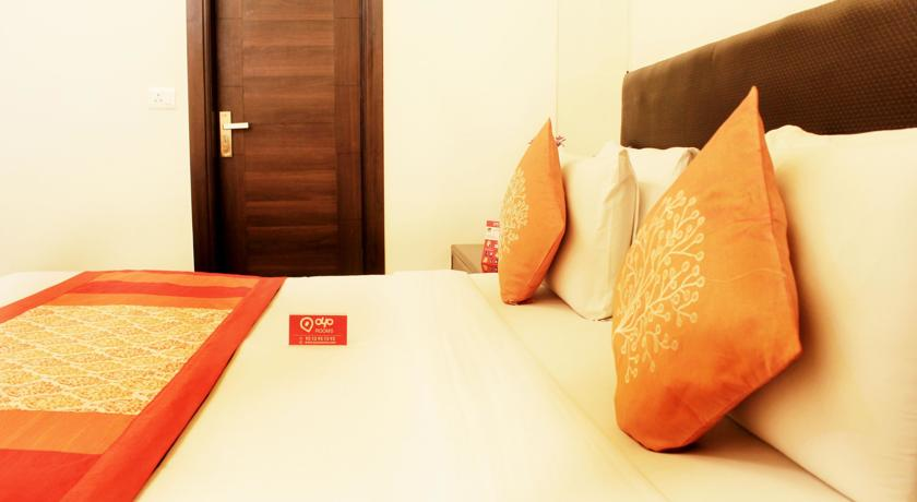 гестхаус OYO Rooms Rajouri Garden Metro Station